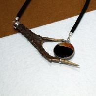 collar cuerno de corzo en plata 925 y ágata, pieza única