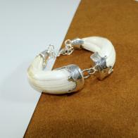 Pulsera con amoladeras de jabalí y plata de ley 925