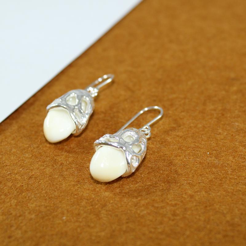 Pendientes de plata 925 con perlas de venado