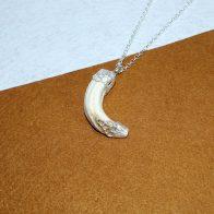 Amoladera de jabalí con detalles en plata 925 exclusivo Quela joyas