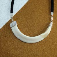 Colmillo natural de jabalí montado en plata de ley, exclusivo Quela joyas 1