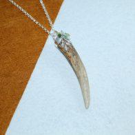 Cuerno de venado con hojas en plata 925 y ágatas joyas de caza
