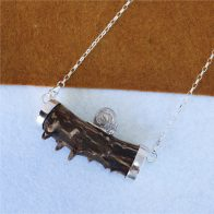 Collar con cuerno de corzo y caracol de plata 925, exclusivo Quela joyas de caza